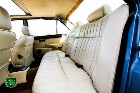 Jaguar XJ6 4.2 SOVEREIGN Auto 62