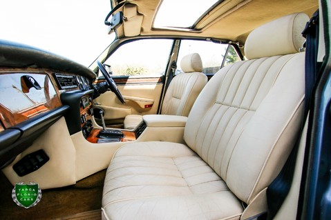 Jaguar XJ6 4.2 SOVEREIGN Auto 63