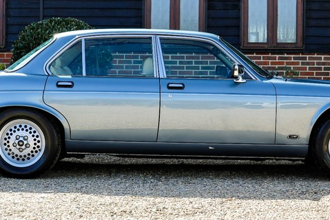 Jaguar XJ6 4.2 SOVEREIGN Auto 14