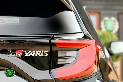 Toyota GR Yaris 1.6 Turbo CIRCUIT 42
