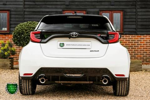 Toyota Yaris GR-Y CIRCUIT 33