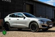 Maserati Levante D V6 23