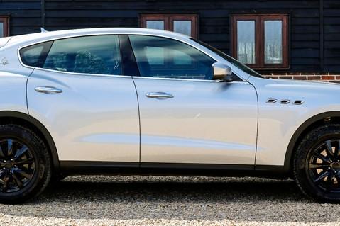 Maserati Levante D V6 12