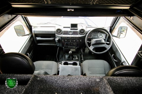 Land Rover Defender 110 EXPEDITION CONVERSION 59
