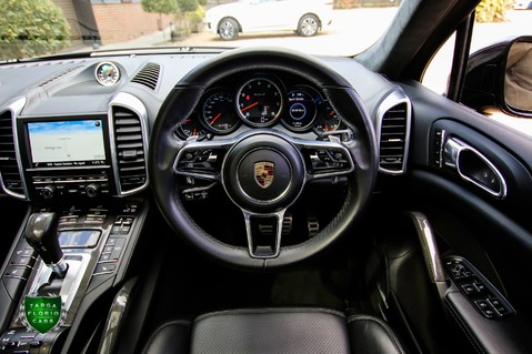 Porsche Cayenne 4.8 V8 S TURBO TIPTRONIC S 4WD 54