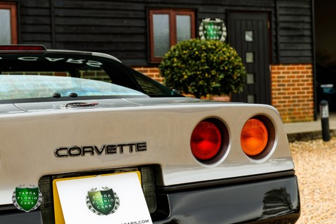 Chevrolet Corvette 5.7 V8 C4 Targa Manual 54