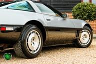 Chevrolet Corvette 5.7 V8 C4 Targa Manual 57