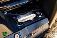 Land Rover Defender 2.2 TD DCB 110 XS - SPECTRE EVOCATION 34
