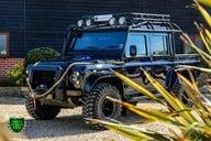 Land Rover Defender 2.2 TD DCB 110 XS - SPECTRE EVOCATION 28