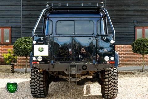 Land Rover Defender 2.2 TD DCB 110 XS - SPECTRE EVOCATION 45