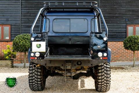 Land Rover Defender 2.2 TD DCB 110 XS - SPECTRE EVOCATION 46