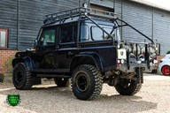 Land Rover Defender 2.2 TD DCB 110 XS - SPECTRE EVOCATION 48