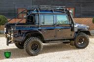 Land Rover Defender 2.2 TD DCB 110 XS - SPECTRE EVOCATION 54