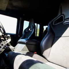 Land Rover Defender 2.2 TD DCB 110 XS - SPECTRE EVOCATION 2