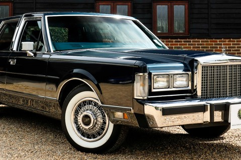 Lincoln Town Car 4.6 V8 Saloon Automatic 19