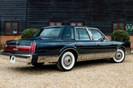 Lincoln Town Car 4.6 V8 Saloon Automatic 24