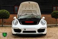 Porsche 911 3.8 CARRERA 4S Manual 22