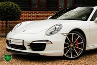 Porsche 911 3.8 CARRERA 4S Manual 27