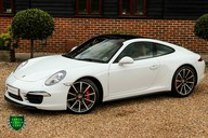 Porsche 911 3.8 CARRERA 4S Manual 31
