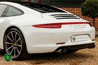 Porsche 911 3.8 CARRERA 4S Manual 33