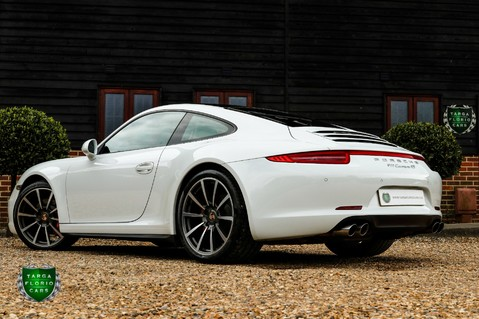 Porsche 911 3.8 CARRERA 4S Manual 37