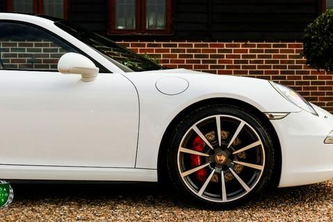 Porsche 911 3.8 CARRERA 4S Manual 5