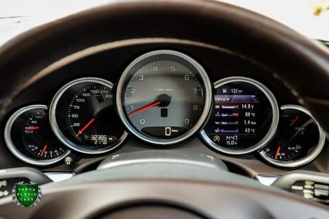 Porsche 911 3.8 CARRERA 4S Manual 9