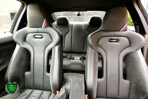 BMW M4 3.0 Twin-Turbo CS Auto 38
