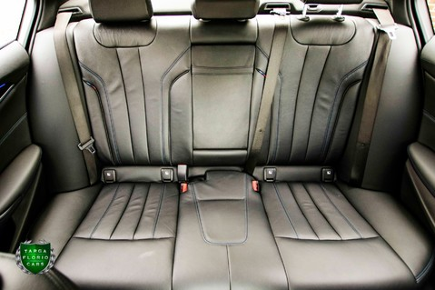 BMW 5 Series 3.0 540i M SPORT xDRIVE Auto 23