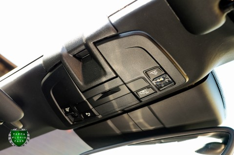 Porsche 911 3.4 CARRERA 4 BLACK EDITION PDK 22