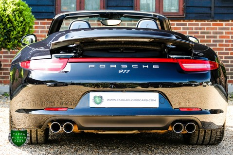 Porsche 911 3.4 CARRERA 4 BLACK EDITION PDK 55