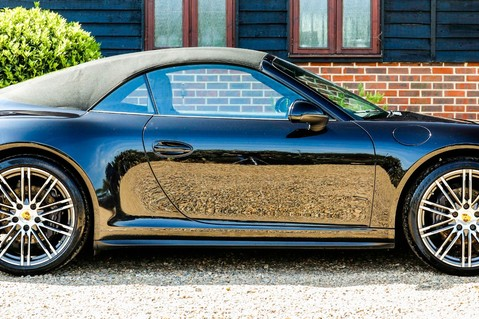 Porsche 911 3.4 CARRERA 4 BLACK EDITION PDK 3