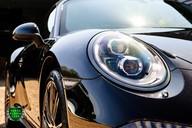 Porsche 911 3.4 CARRERA 4 BLACK EDITION PDK 63