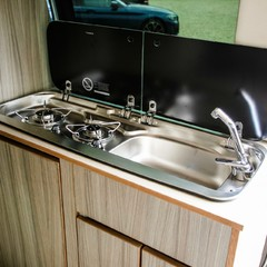 Mercedes-Benz Vito 2.1 114 BLUETEC TOURER PRO CAMPER CONVERSION 2