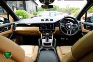 Porsche Cayenne 2.9 Twin-Turbo V6 S TIPTRONIC 10
