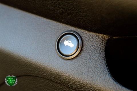 Chevrolet Camaro Z/28 7.0 LS7 Manual 21