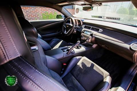 Chevrolet Camaro Z/28 7.0 LS7 Manual 27
