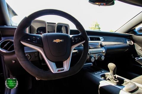 Chevrolet Camaro Z/28 7.0 LS7 Manual 30