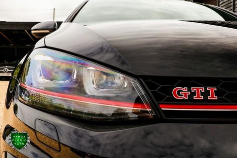 Volkswagen Golf 2.0 GTI CLUBSPORT S 17