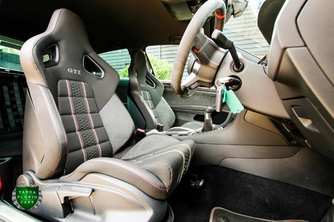 Volkswagen Golf 2.0 GTI CLUBSPORT S 6