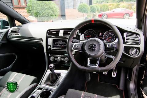 Volkswagen Golf 2.0 GTI CLUBSPORT S 43