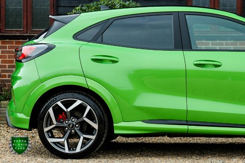 Ford Puma ST 1.5 ECOBOOST MANUAL (PERFORMANCE PACK) 2