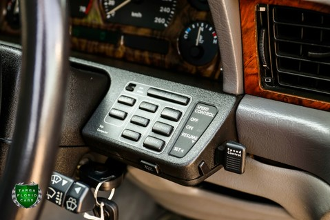 Jaguar Sovereign 4.0 AUTO 20