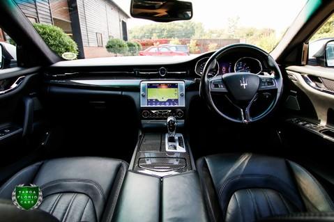Maserati Quattroporte GTS 3.8 V8 AUTO 22