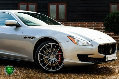 Maserati Quattroporte GTS 3.8 V8 AUTO 33