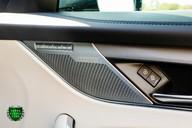 Jaguar F-Pace SVR 5.0 V8 AUTO 27