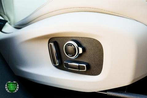 Jaguar F-Pace SVR 5.0 V8 AUTO 29