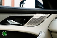Jaguar F-Pace SVR 5.0 V8 AUTO 41
