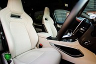 Jaguar F-Pace SVR 5.0 V8 AUTO 13