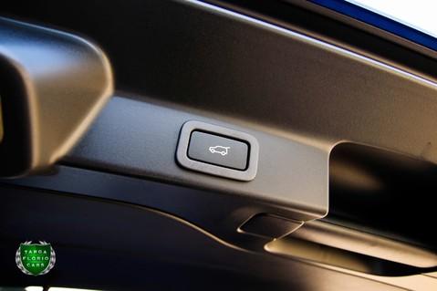 Jaguar F-Pace SVR 5.0 V8 AUTO 61